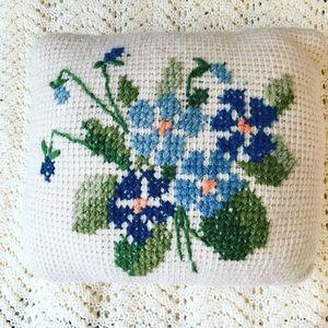 Vtg Handmade Crochet Cross Stitch Floral Pillow